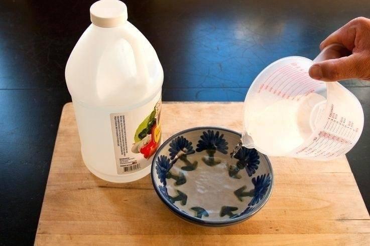 Как избавиться от запаха кошачьей мочи: методы и средства